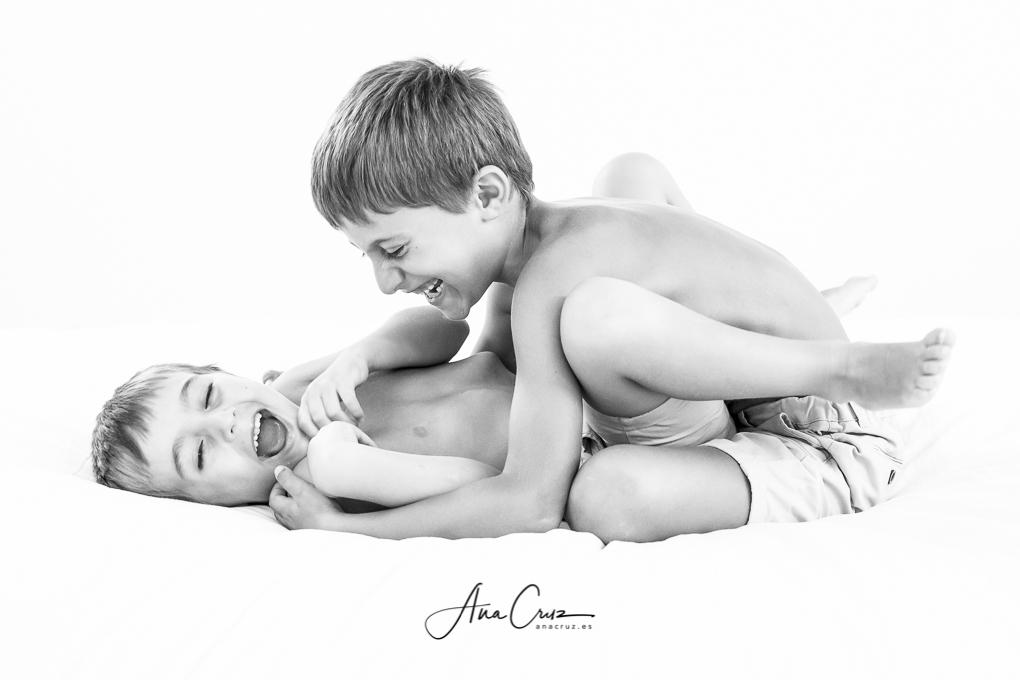 Portfolio de estudio bebés y niños 37I0846