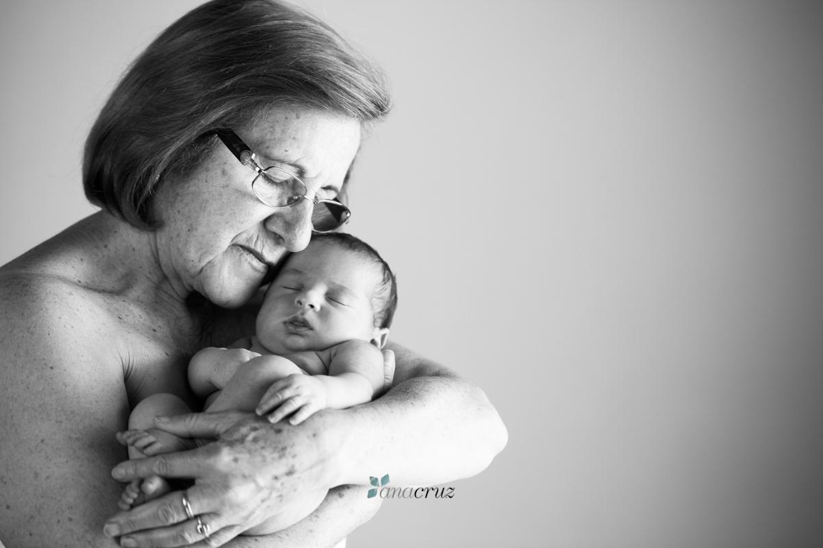 Fotografía de recién nacido :: Los abuelos ANA0059-2