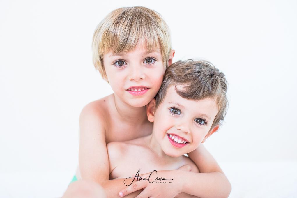Portfolio de estudio bebés y niños NAC0215-2